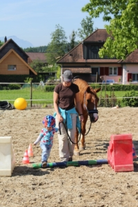 Bodenarbeit Kind Pferd